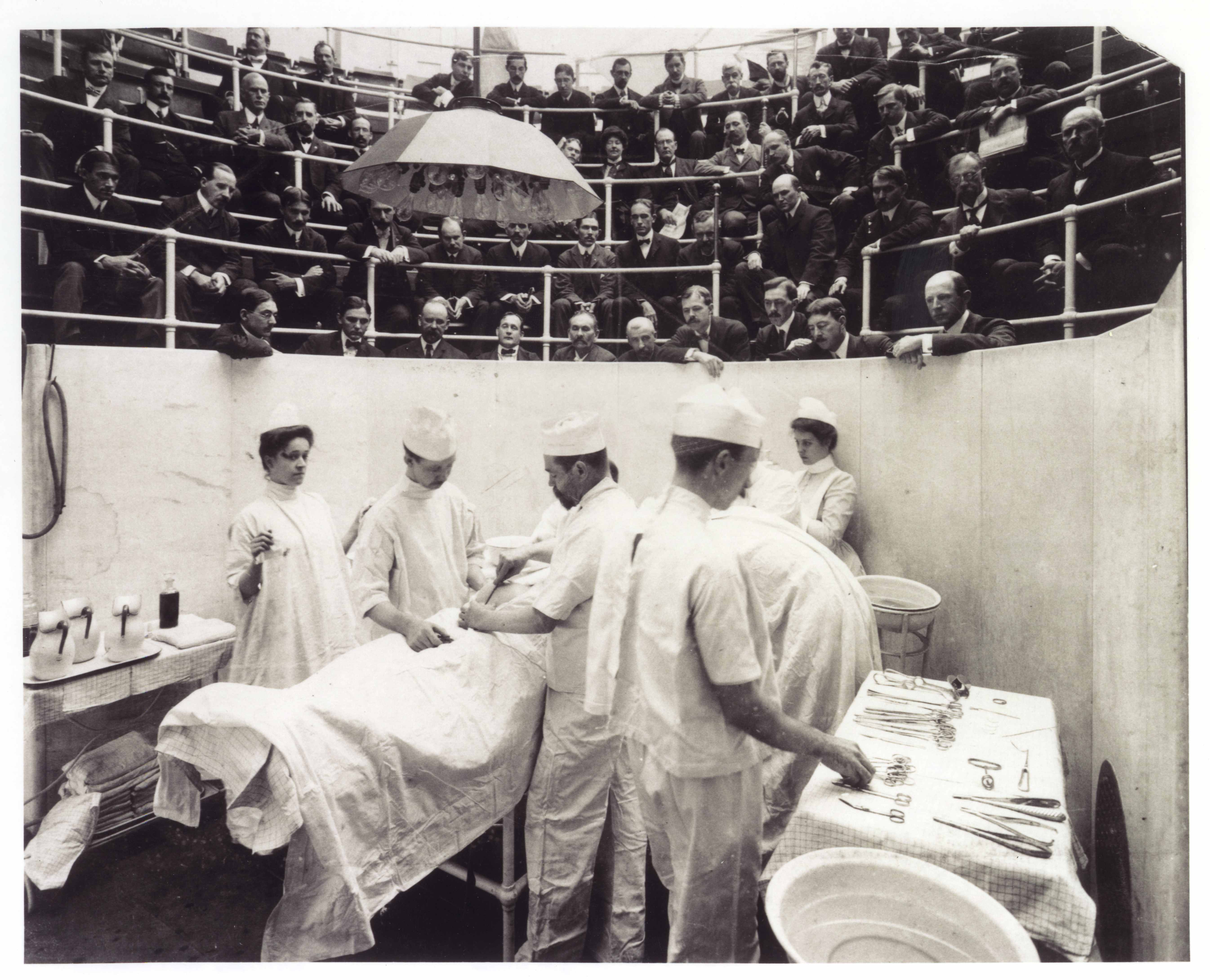 Yale University School of Medicine   A Directory of Yale Photographic  Collections